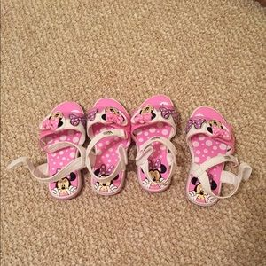Minnie Mouse light-up shoes